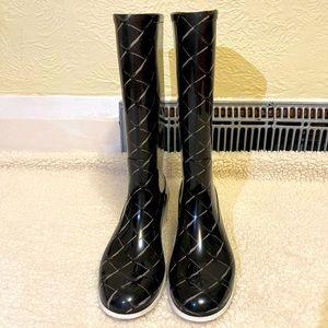 CHANEL black/ white rubber rain boots